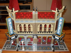 Quick Review LEPIN 15006 - Palace Cinema (Comparison LEGO)
