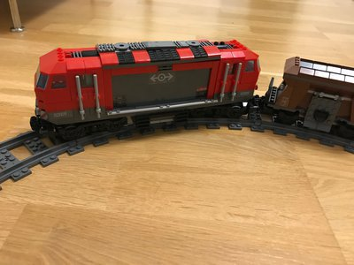 Review LEPIN 02009 Red Heavy Duty Truck