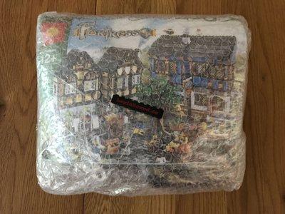 Review LEPIN 16011 - Medieval Market Village / Medieval Marketplace