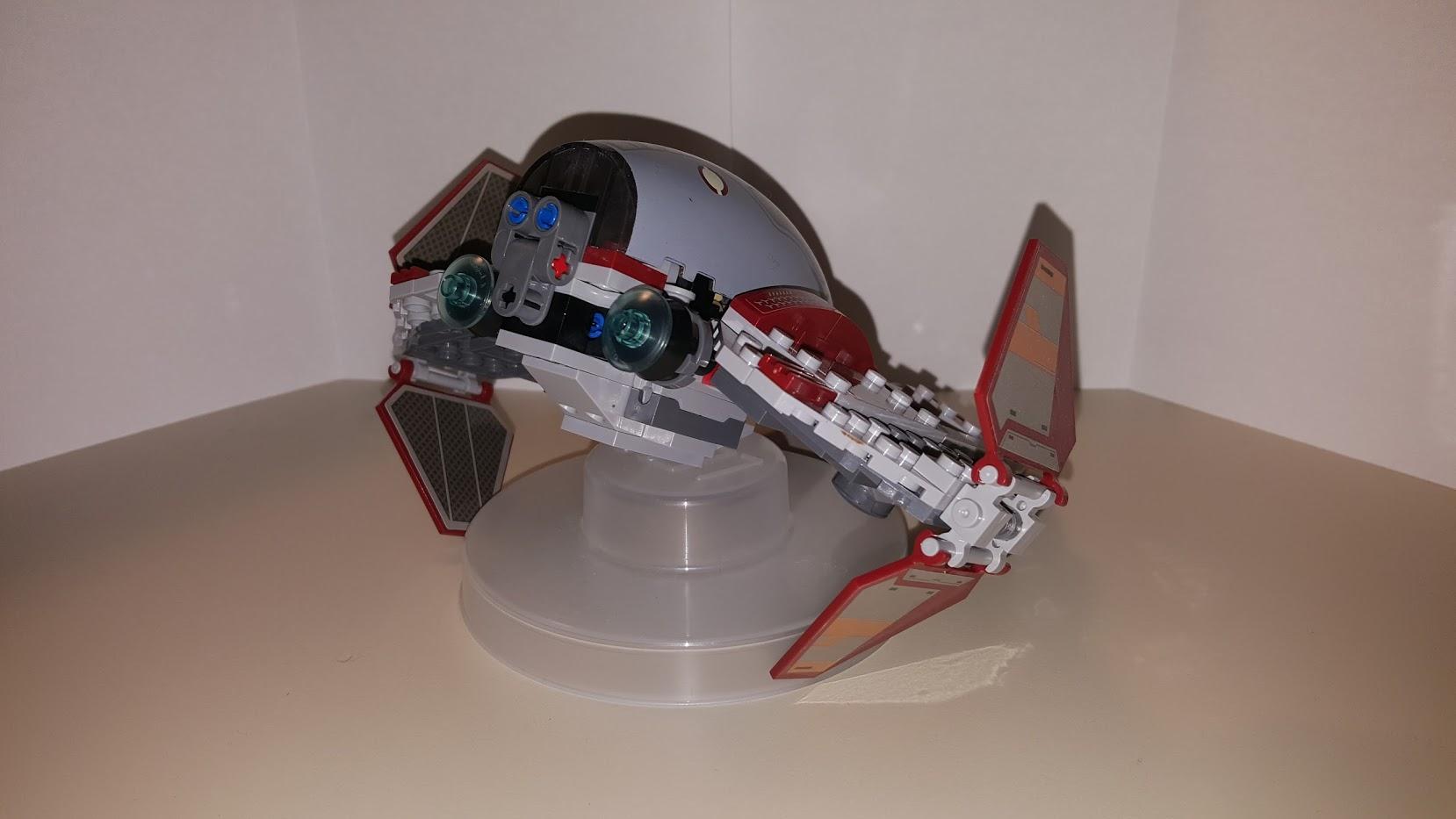 Review LEPIN 05020 - Obi-Wan's Jedi Interceptor 3