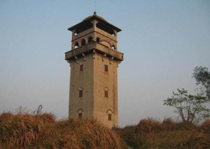 Creator MOC-42970 Watch Tower By gabizon MOCBRICKLAND